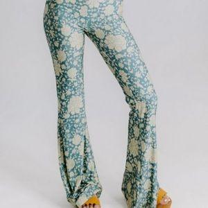 Novella Royale iris bells ocean flamenco pants